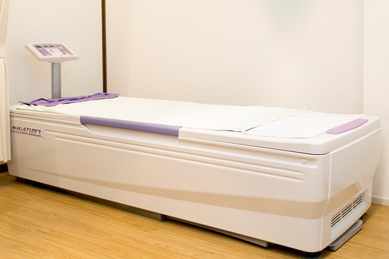 ベッド型マッサージ器(アクアタイザー QZ-220)